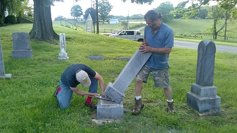 Community Volunteers Cemetery Maintenance 2018
